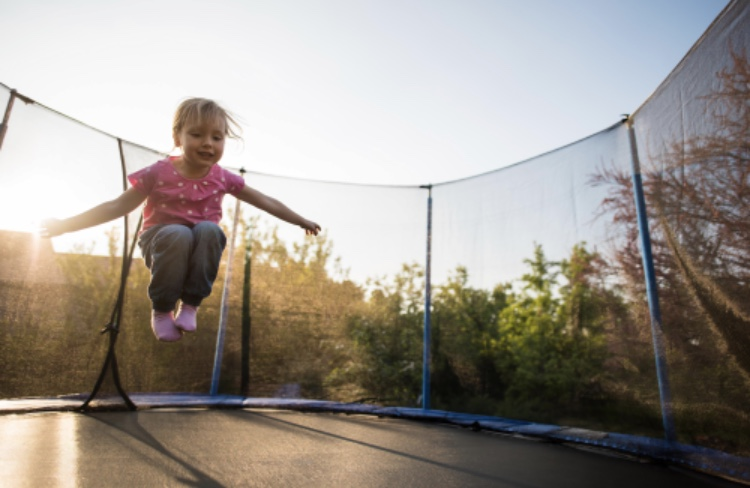 BOUNCING BACK, BUILDING RESILIENCE IN CHILDREN